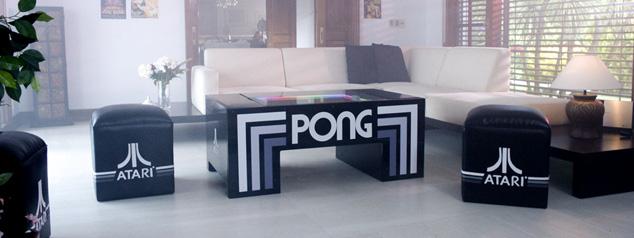 テーブル・ポンと椅子