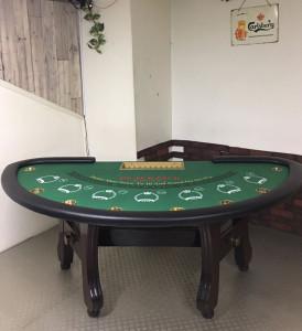 中古カジノテーブルのリペア